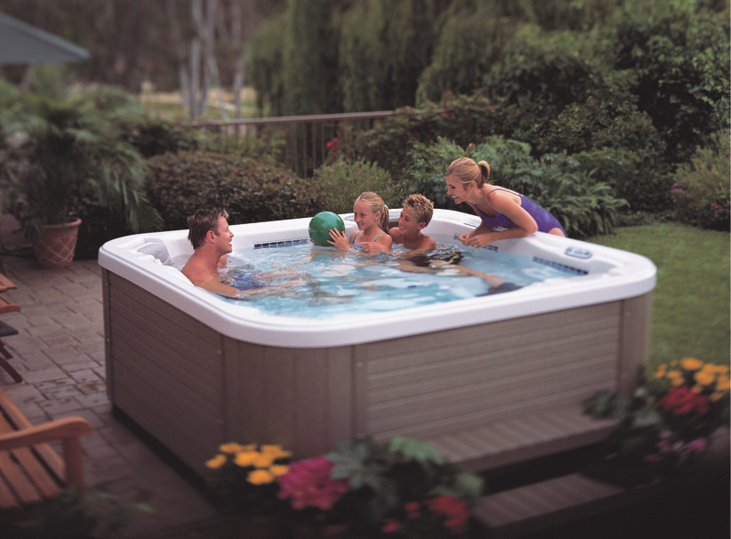 7 persion large seating party size hot tub for whole family for Hot tubs for tall people