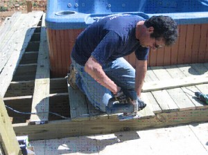 PLACING YOUR HOT TUB SPA ON A DECK PLATFORM