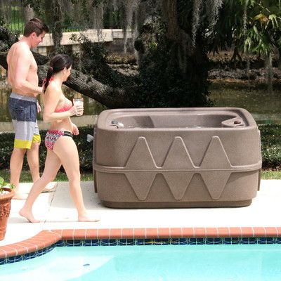 Low Price 4 Person Aquarest Portable Spa With 14 Jet