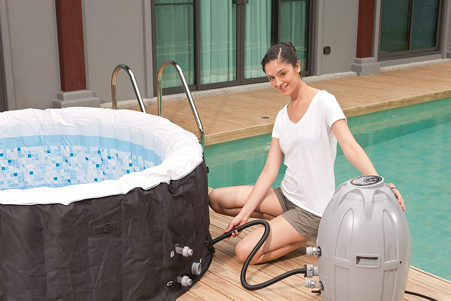 Top Rated Low Price Inflatable SaluSpa Miami Hot Tub | Best Spa of 2018