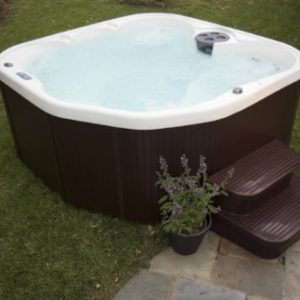 Lifesmart 5-Person Rock Solid Plug and Play Spa with 19 Jets